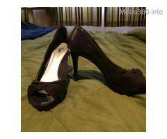 Fioni Peep toe high heel